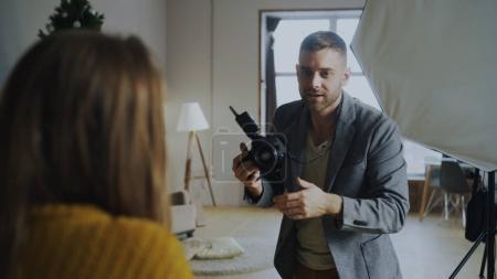 fotografia, szczęśliwy, wyposa, gospodarstwa, osoba, strzał - B179648400