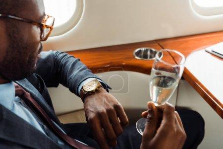 Luksusowe, bogactwo, Świętowanie, biznes, komercyjne, Podróże - B322045062